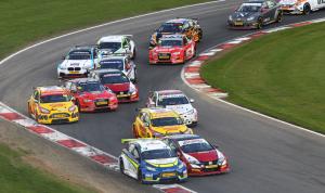 MX5 Convoy To BTCC 2018 @ Oulton Park Circuit | England | United Kingdom