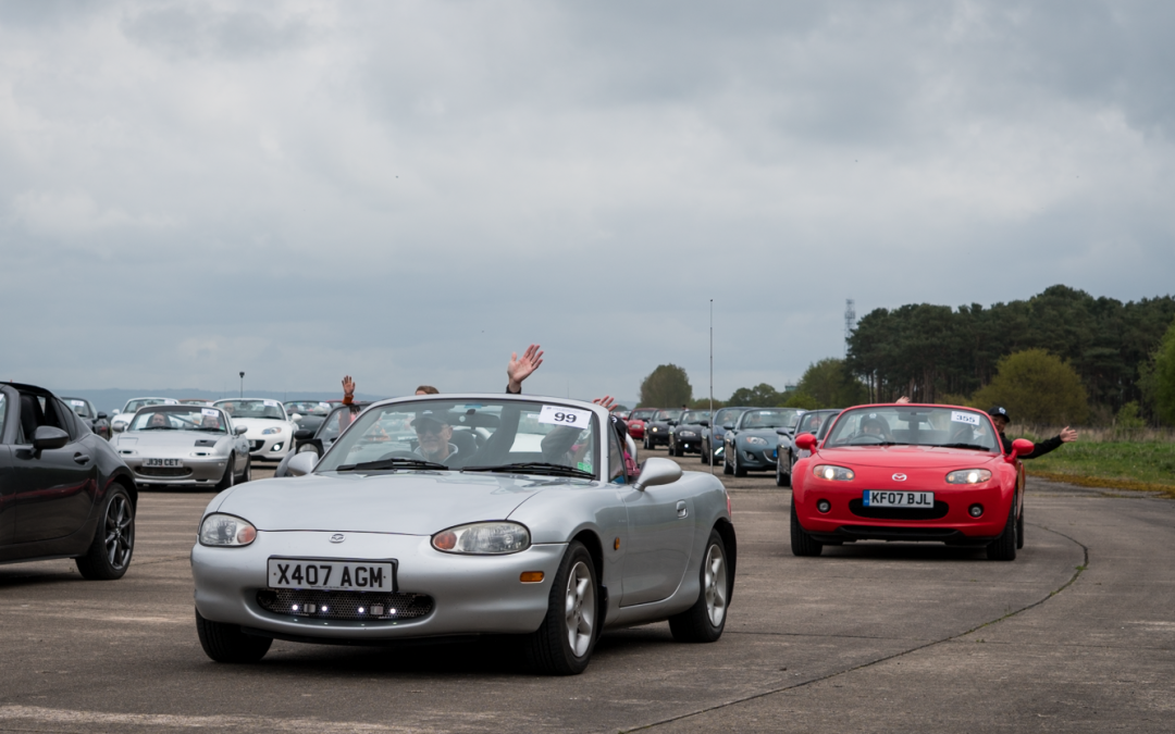 Over 1,500 MX-5s on track at Elvington!